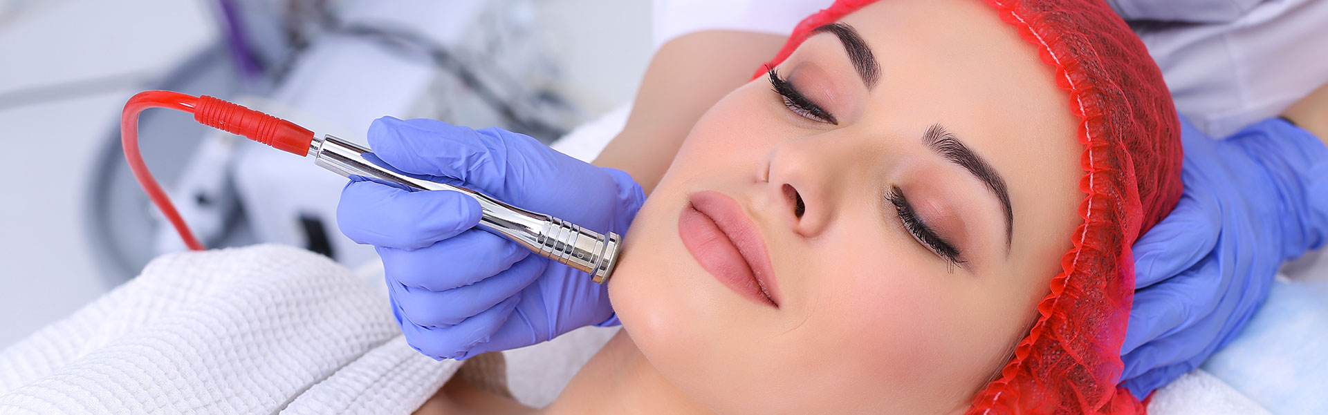 Eliminate fine lines and wrinkles by getting a Micro-Needling treatment.